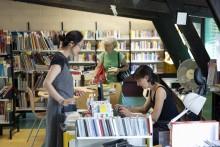 La bibliothèque Paul Éluard à Montreuil. Photo Est Ensemble / Guillaume Le Baube