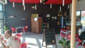 Le restaurant Ô'toboggan, à la piscine des Murs à pêches