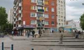 La place de la station de métro Raymond Queneau. Photo Est Ensemble
