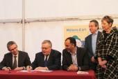 Signature de la convention des métiers d'art du Pré Saint-Gervais / Seine-Saint-Denis Habitat / Est Ensemble par Gérard Cosme, Président d'Est Ensemble