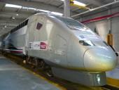 Un TGV en maintenance au technicentre Est Européen. Photo CC William de Pantin